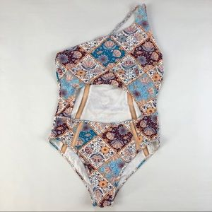 New Cupshe One Shoulder swimsuit size XXL
